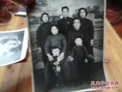 1420:老的家庭合影一张