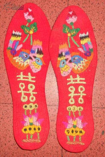 手工割绒鞋垫_割绒鞋垫多少钱一双-最好看的鞋垫花样图片/手工割绒鞋垫图案 ...