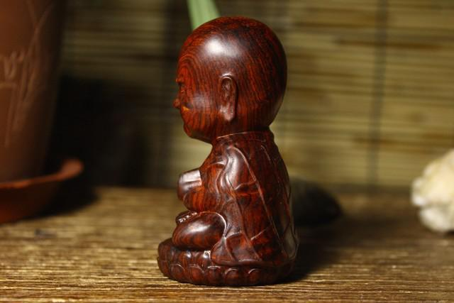 【图】老红木雕刻小和尚摆件