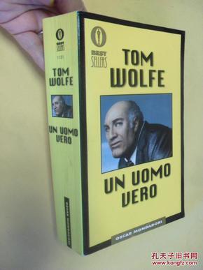 意大利文原版     Un uomo vero. Tom Wolfe