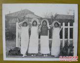 民国老照片:四个民国旗袍美女,戴帽子