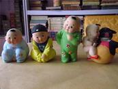 早期精美彩色泥塑:四个小孩儿(编号403,404,408)