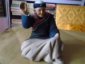 早期精美彩色泥塑:做针活儿的老太太2(编号94060)