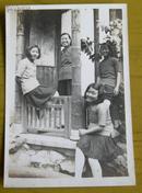 民国老照片:民国旗袍美女们,学生吧,年轻——漂亮——活泼——可爱~