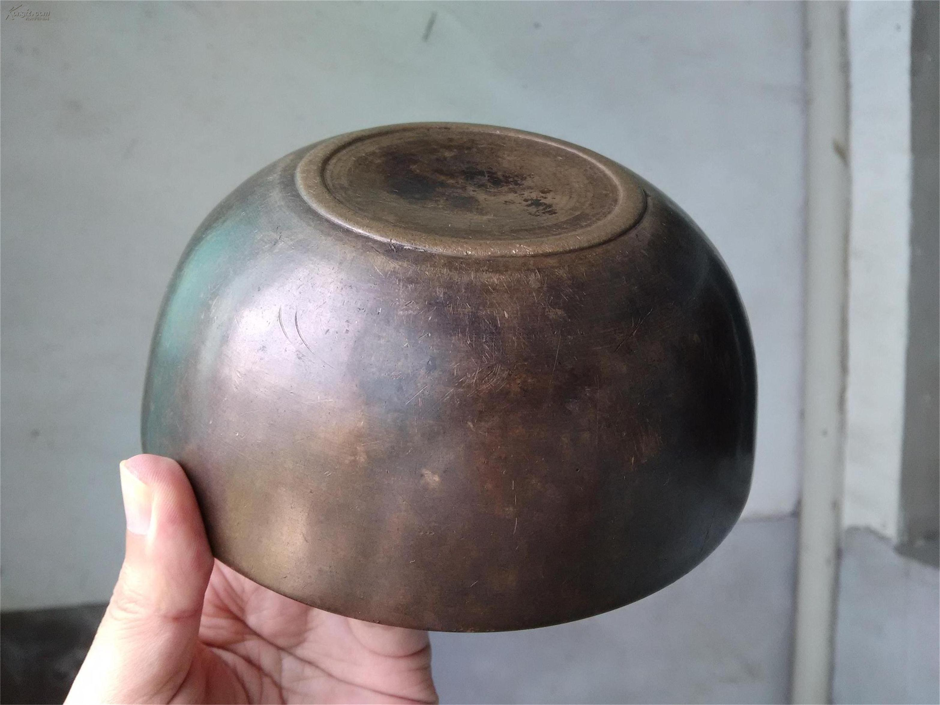 古代高僧铜钵图片