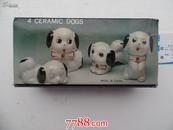 4  CERAMIC   DOGS(见书影,瓷器 小狗,4只)
