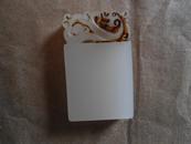 玉牌   白色玉牌   透光   3.9x2.38cm    厚7.2mm   可以佩带  刻字  做章料
