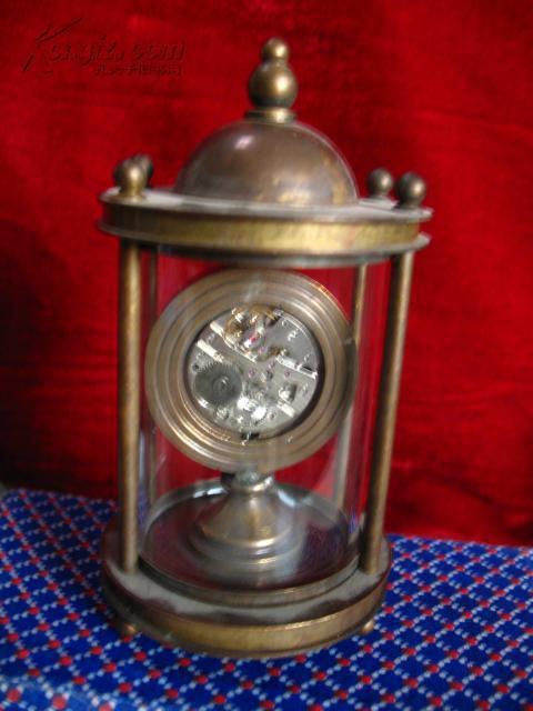 精美老黄铜 欧米茄古堡机械表 时钟 座钟 手动上劲图片