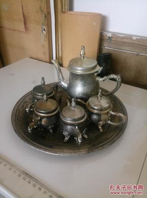 老式苏联时期制锡器酒壶1把 酒杯4个图片