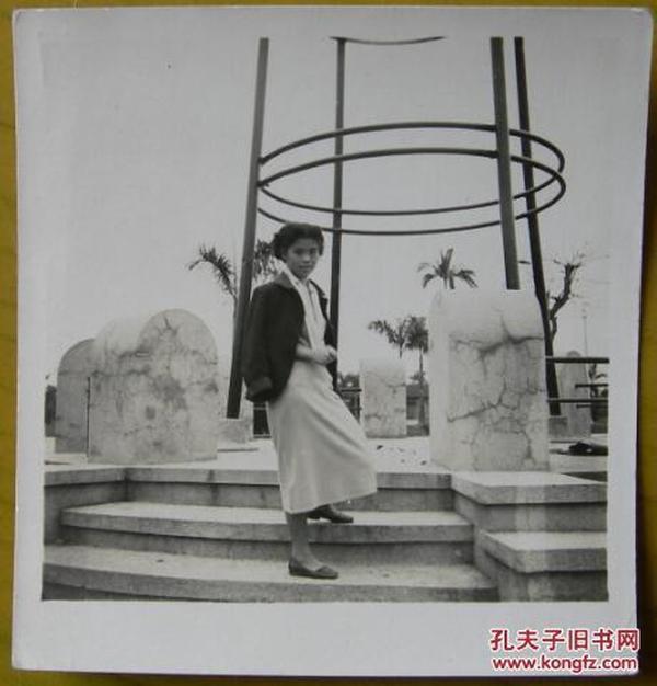 民国老照片:江南——民国旗袍美女系列,