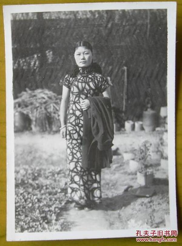 民国老照片:江南——民国旗袍美女系列。,~