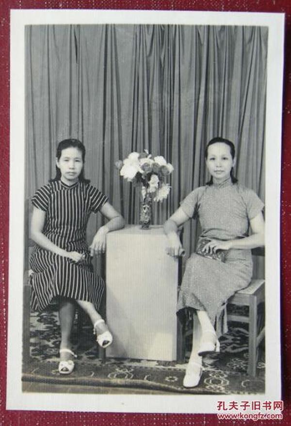 【老照片】 旗袍美女——民国遗风,看背题