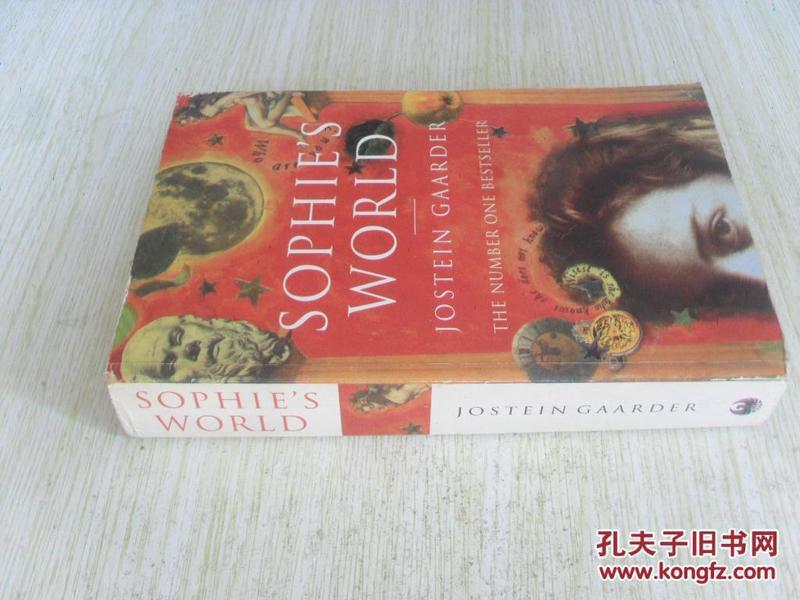 英文原版 Sophies World Paperback