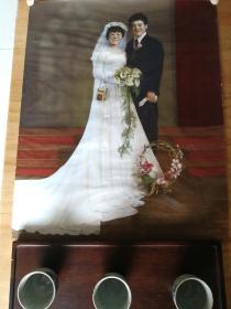 上海王开照相馆八十年代初超大幅手工上色婚纱照