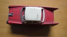 铁皮玩具------老爷车-------1台(货号572)