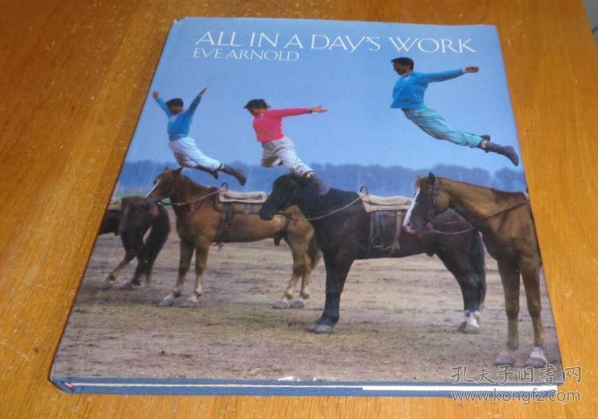 2手英文 Eve Arnold: All in a Days Work 伊芙阿诺德 xbd16