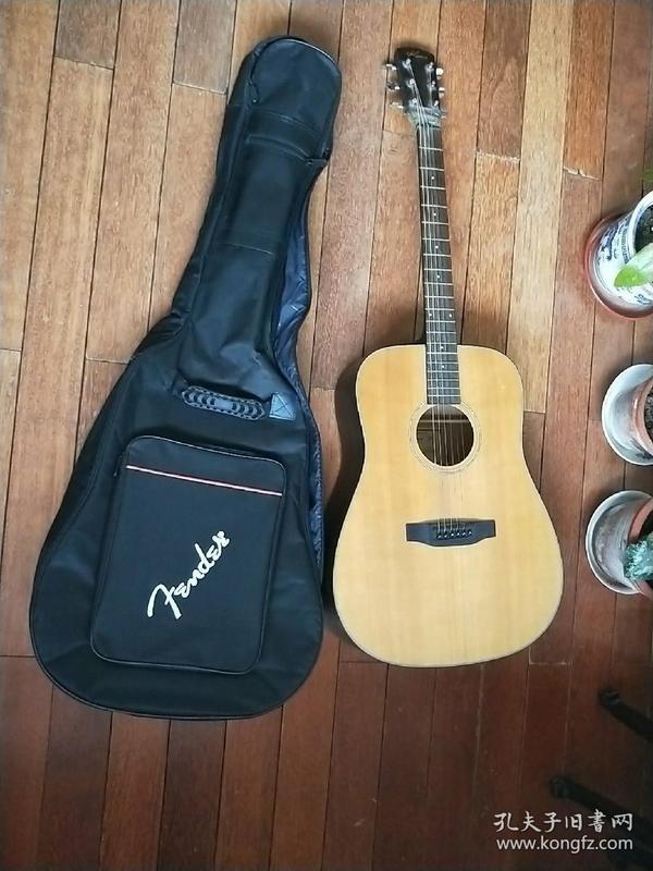 KIMO柯摩吉他(K-01D)(赠送全新的琴套)