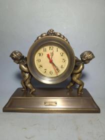 黄铜天使钟表