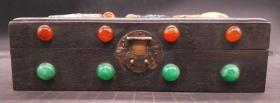 乌木镶玉盒,重量0.9公斤代理转图可以加价,运费自理。