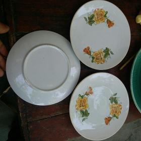 保老保真 七八十年代 陶瓷盘子 花图案 十分精美 值得珍藏 3个 和售