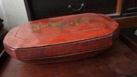 清代精致红漆描金花卉百宝瓶盖盒