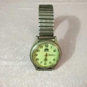 老款ORIEXT男士手表一个(不能转动)