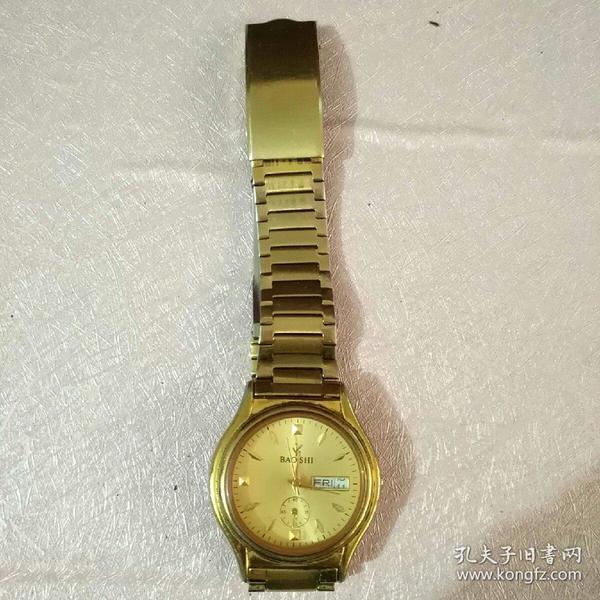 老款中国制造金色琴达男士手表一个(不能转动)