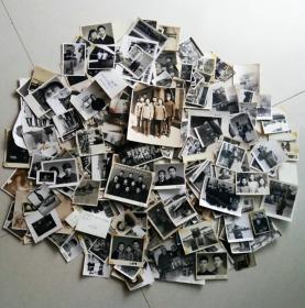 50-70年代老照片295张左右一起合售,最大尺寸为15X12厘米