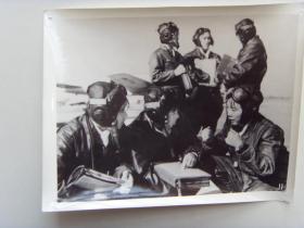 老照片:【※1966年,某部飞行中队长--褚慧芬※】