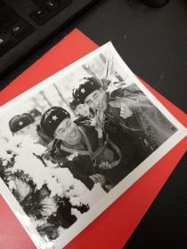"""1977年,""""硬骨头六连"""",指导员赵传喜-摄影照片1张"""