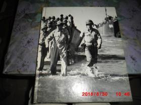 英文原版:RETURN TO THE PHILPPINES (重返菲律宾)  美国太平洋战争画集