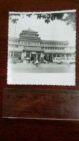 1980前后 中国美术馆门前 未发表照片