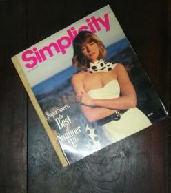 Simplicily 1987. 7/8时装画册(英文版)4公分厚度的画册
