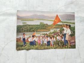 中国邮政明信片 少年儿童队员们在杭州西湖郊游