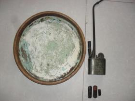清末民国白铜精刻人物书法水烟斗一支,木雕茶盘一个,牛角印章一套