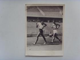 老照片:【※1960年,黑龙江选手李福德,获男子竞走冠军※】