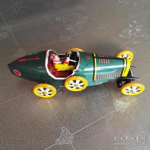 铁皮发条玩具汽车