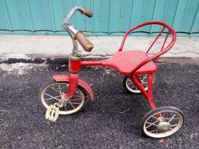 老玩具童车自行车(蜜蜂牌童车)北京玩具公司
