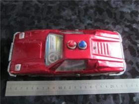 上世纪80年代铁皮小汽车小跑车。