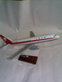 大号飞机模型:四川航空重庆号B-2371(带底座)