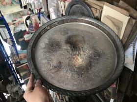 老的盘子,特大,直径为38厘米,图案精美,旁边镂空,SPING FLOWER   rogers son