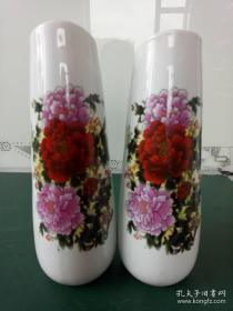 景德镇瓷器、高白瓷花瓶【牡丹花】文雅摆件,大清乾隆年制款,摆件.