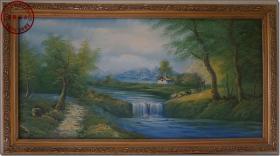《水天一色—远山·溪水·森林·小木屋》,上世纪七、八十年代名家手绘布面风景老油画,鎏金老橡木浮雕花纹雕刻镜框精装裱,画布净尺寸(长×宽):120.0厘米×60.0厘米,镜框精装裱尺寸(长×宽×厚):132.0厘米×72.0厘米×2.8厘米。