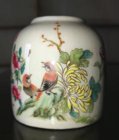 民国釉上粉彩花鸟小罐完美品相。
