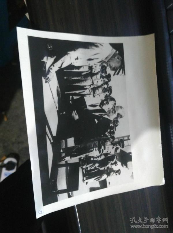 ..翻印 日本投降老照片 ..  .