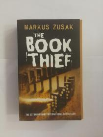 偷书贼the book thief 英文原版