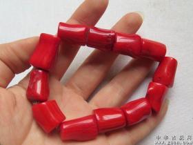 漂亮的红珊瑚手链