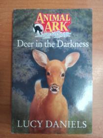 英文原版书:Deer in the Darkness (Animal Ark Hauntings #9)