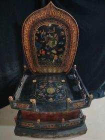 老木胎漆器佛龛,长70厘米,宽53厘米,高120厘米