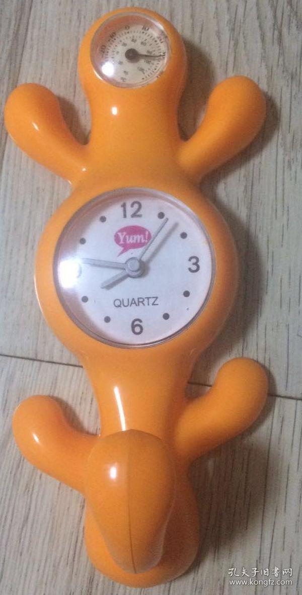石英钟 表长17厘米、宽5.5厘米、高5厘米                   大约尺寸实物拍摄现货价格:40元